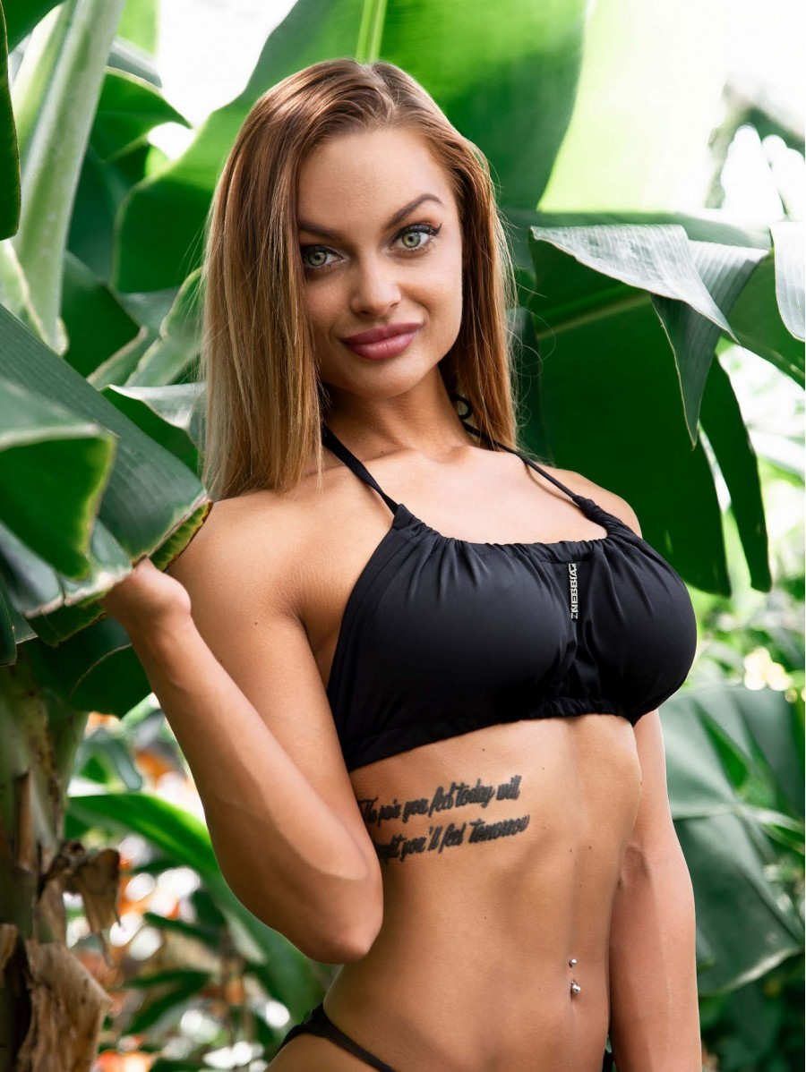Top bikini black with creases MODEL...