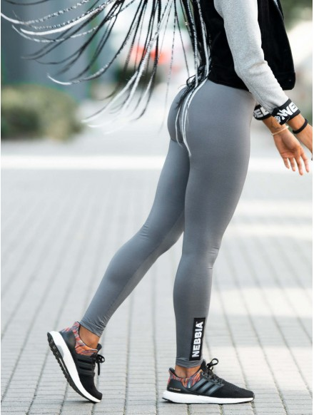 Scrunch butt sport leggings...